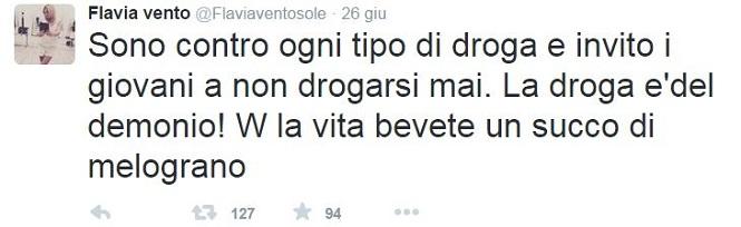 Tweet di Flavia Vento sul succo di melograno